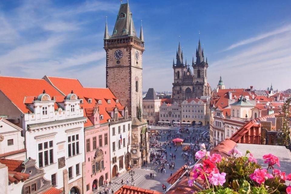 Прага - вълшебна и очарователна, със самолет от Варна