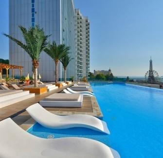 Интернационал хотел Казино - лукс на първа линия