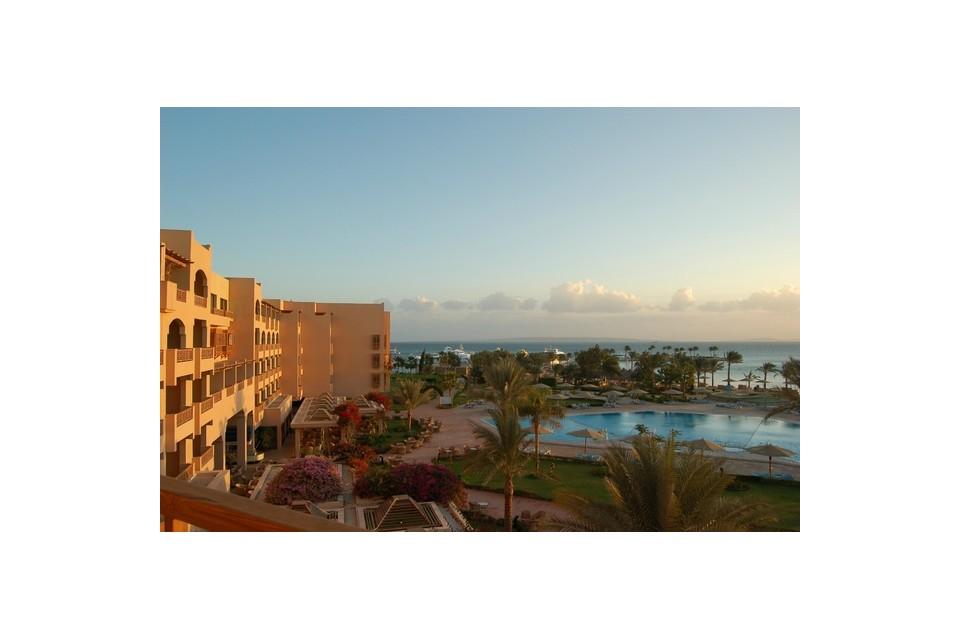 Почивка в Египет - Continental Hurghada Resort 5*, от Варна, Ноември 2017