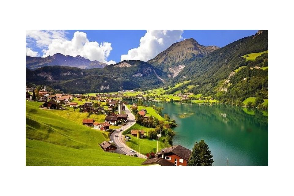 Швейцария на длан